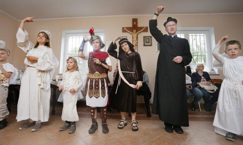 Reportaż z wydarzeń politycznych i kościelnych